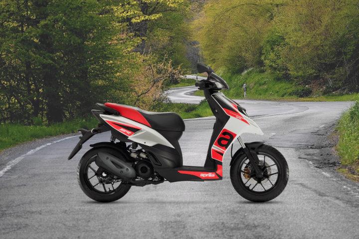 autoscuola-la-balzana-scuola-guida-a-siena-i-nostri-veicoli-ciclomotori
